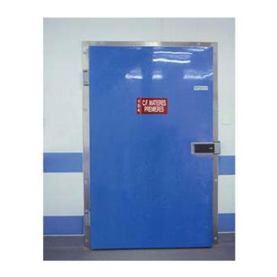 Porte isolante pivotante vantail polyester for Porte isotherme interieur